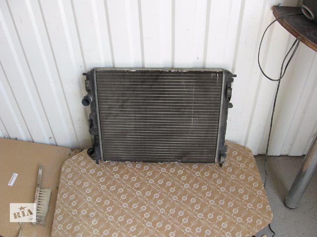 купить бу Б/у радиатор для седана Renault Symbol 2010 в Запорожье