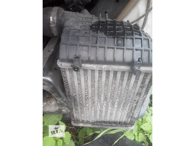Б/у радиатор интеркуллера для легкового авто Audi A4 2004- объявление о продаже  в Львове
