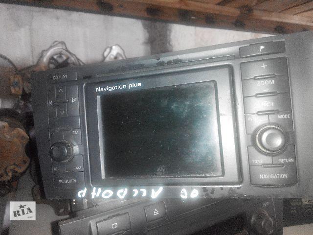 купить бу Б/у радио и аудиооборудование/динамики для легкового авто Audi A6 2002 в Львове