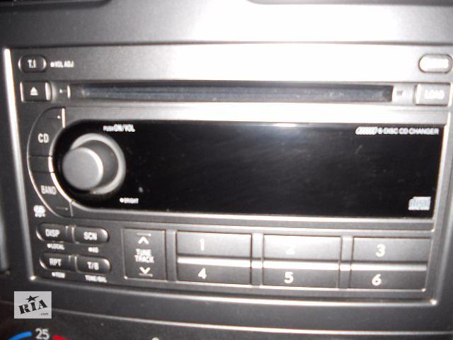 продам Б/у радио и аудиооборудование/динамики для легкового авто Subaru Forester 2005 бу в Львове