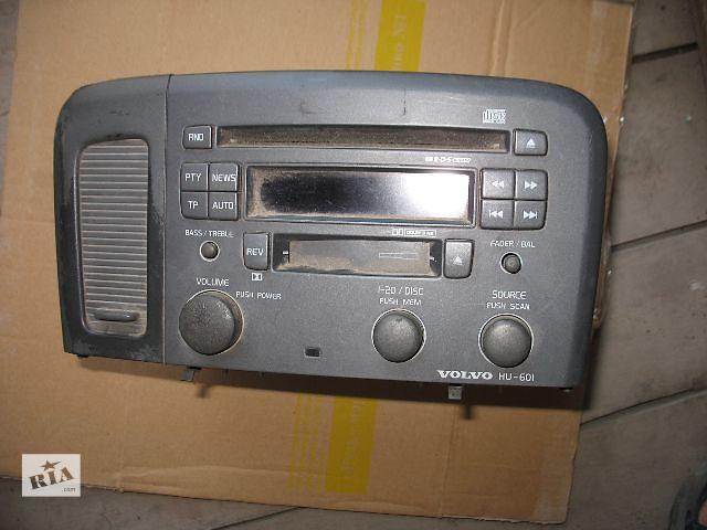 купить бу Б/у радио и аудиооборудование/динамики для легкового авто Volvo S80 2001 в Луцке
