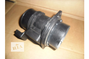 б/у Расходомер воздуха Renault Master груз.