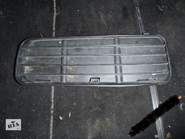 бу Б/у решётка бампера для легкового авто Volkswagen Caddy 2000 в Тернополе