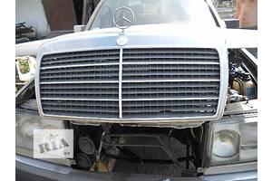 б/у Решётки бампера Mercedes 124