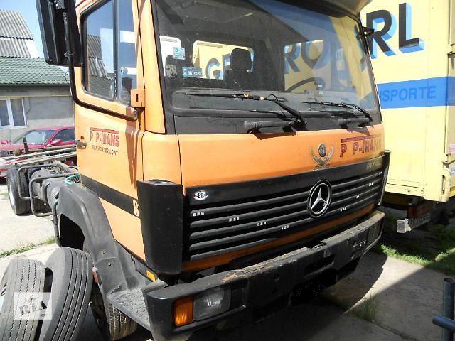 бу Б/у решётка радиатора для грузовика Mercedes 817 в Ковеле