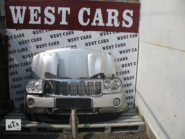 купить бу Б/у решётка радиатора для легкового авто Jeep Grand Cherokee 2007 в Луцке