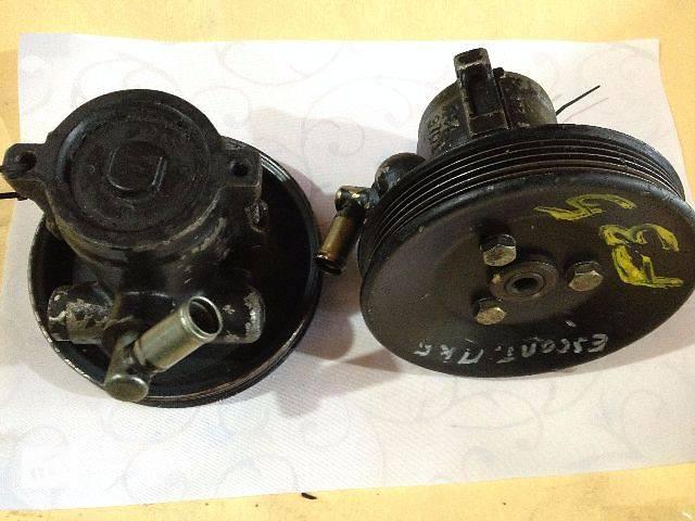 б/у Рулевое управление Насос гидроусилителя руля Легковой Ford Escort MK5 1.8D/TD- объявление о продаже  в Луцке