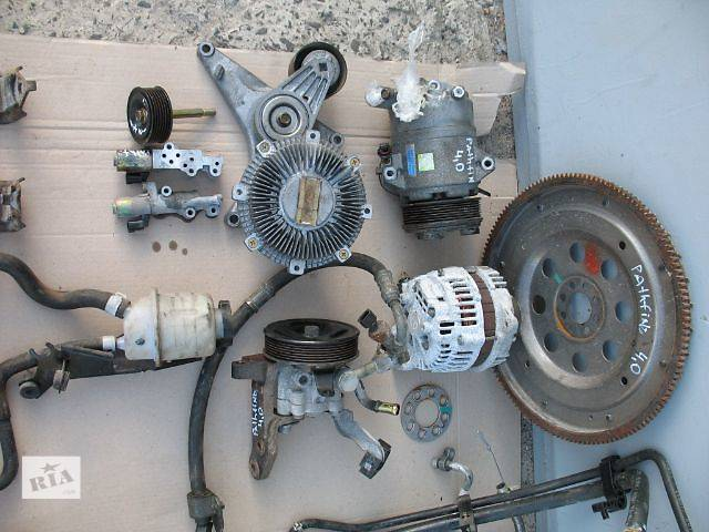 продам б/у Рулевое управление Насос гидроусилителя руля Легковой Nissan Pathfinder 2008 бу в Луцке