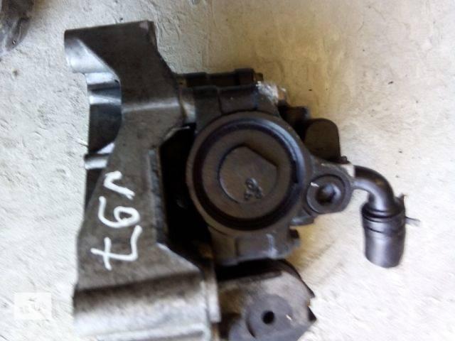 продам б/у Рульове управління Насос гідропідсилювача керма Легковий Ford Focus 2000 бу в Ивано-Франковске
