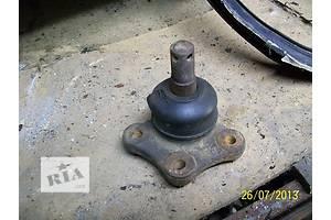 б/у Шаровые опоры Mazda 323
