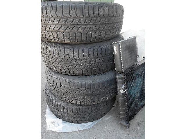 продам Б/у шины для легкового авто 205.70 /R15 ВОЛГА ФОРД НИВА  бу в Киеве