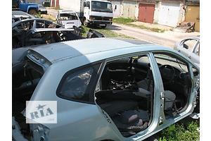 б/у Стекла в кузов Kia Carens