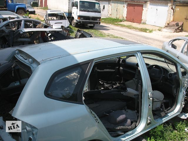 бу Б/у стекло в кузов для легкового авто Kia Carens 2007 в Луцке