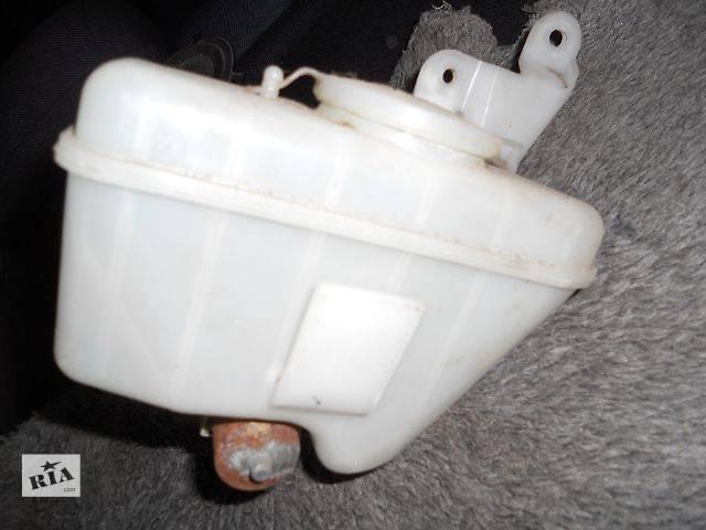 бу б/у Система очистки окон и фар Бачок омывателя Легковой Mazda 323F 1997 в Львове