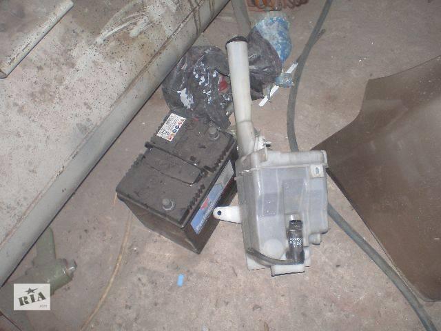 б/у Система очистки окон и фар Бачок омывателя Легковой Toyota Camry Седан 2004- объявление о продаже  в Луцке