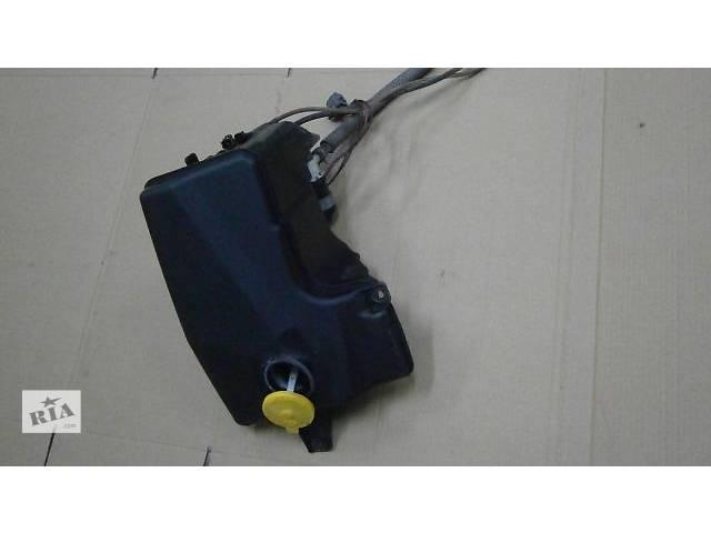 продам б/у Система очистки окон и фар Бачок омывателя Легковой Универсал Mazda 6 2004 бу в Луцке