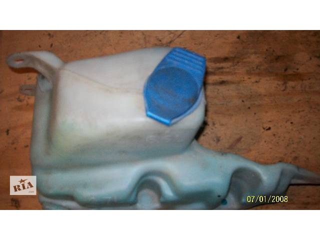 купить бу Б.у Бачок омивача фар Volkswagen Caddy , 2002 р. в , хороший стан , гарантія , доставка  по всій Україні . в Тернополе
