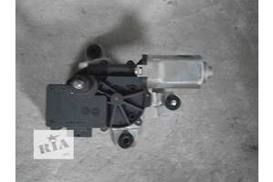 б/у Моторчики стеклоочистителя Chevrolet Captiva