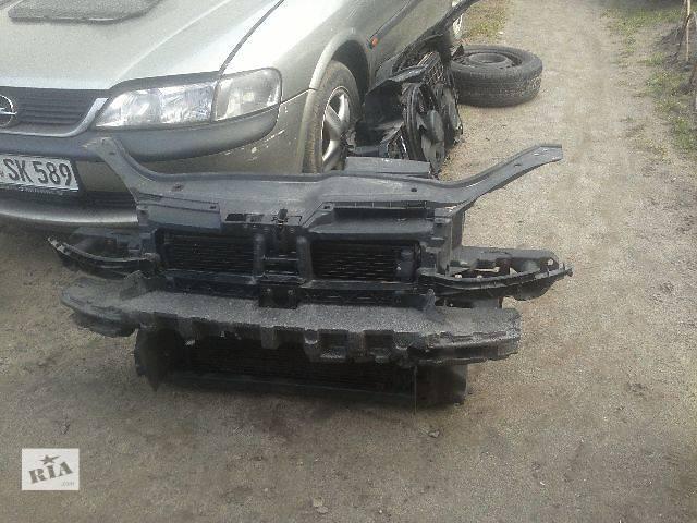 купить бу Б/у Система охлаждения Радиатор Легковой Volkswagen Golf V и Jetta 2008 в Львове