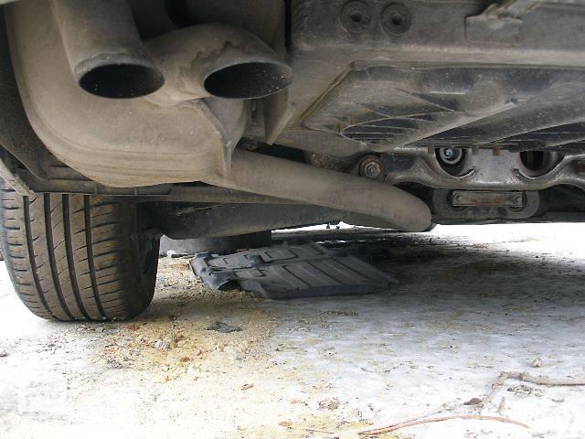 купить бу б/у Система впуска и выпуска Глушитель Легковой Mercedes E-Class в Бахмуте (Артемовск)