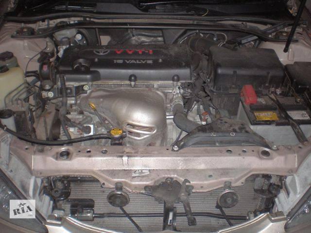 продам б/у Система впуска и выпуска Коллектор впускной Легковой Toyota Camry Седан 2004 бу в Луцке