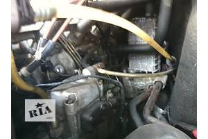 б/у Топливные насосы высокого давления/трубки/шестерни Mercedes Sprinter 210