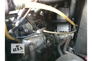 б/у Топливные насосы высокого давления/трубки/шестерни Mercedes Sprinter 212
