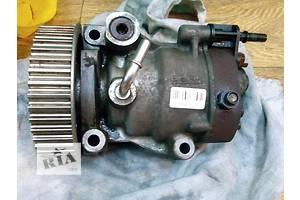 б/у Топливная система Топливный насос высокого давления/трубки/шест Легковой Renault Kangoo Грузовой Пикап 2011