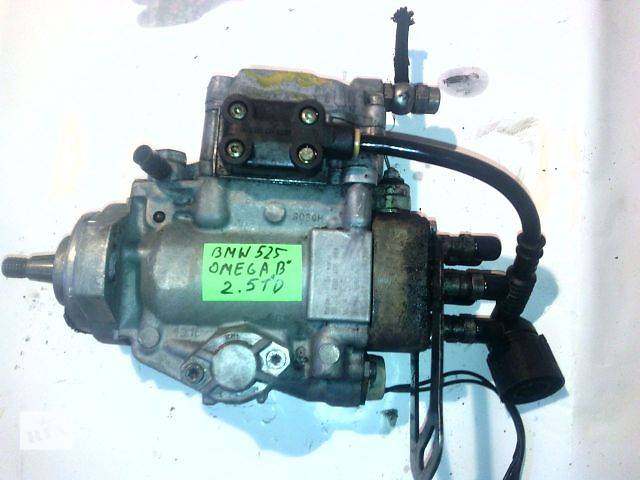 купить бу б/у Топливная система Топливный насос высокого давления/трубки/шест Легковой BMW 525 2.5TD в Ковеле