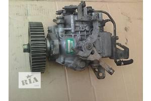 б/у Топливные насосы высокого давления/трубки/шестерни Mazda E2200
