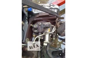 б/у Топливные насосы высокого давления/трубки/шестерни Nissan Pathfinder
