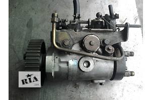 б/у Топливный насос высокого давления/трубки/шест Opel Combo груз.