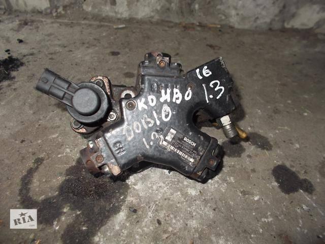 купить бу Б/у Топливная система Топливный насос высокого давления/трубки/шестерня Легковой Fiat Doblo 2002-2008 в Ровно
