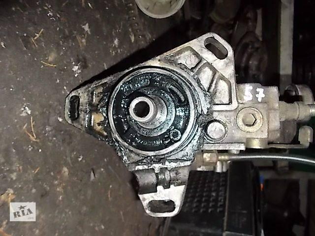 купить бу Б/у Топливная система Топливный насос высокого давления/трубки/шестерня Легковой Mercedes 124 1984-1995 в Ровно