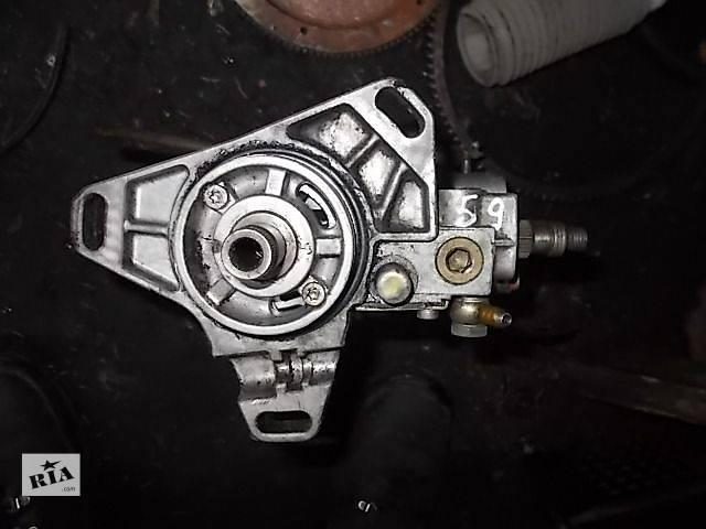 купить бу Б/у Топливная система Топливный насос высокого давления/трубки/шестерня Легковой Mercedes 124 1985 в Ровно