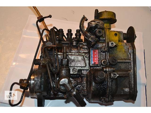 продам Б/у Топливная система Топливный насос высокого давления/трубки/шестерня Легковой Mercedes 208 груз. 2,3D бу в Ковеле
