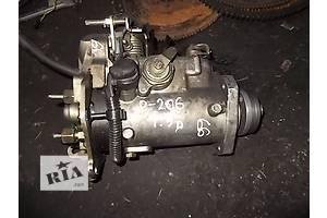 б/у Топливный насос высокого давления/трубки/шест Peugeot 206