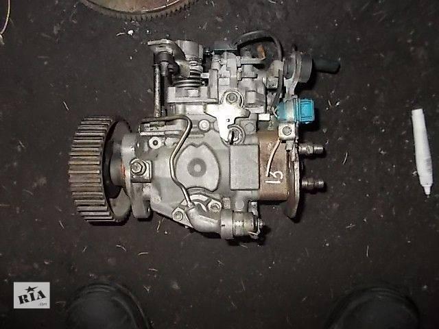 купить бу Б/у Топливная система Топливный насос высокого давления/трубки/шестерня Легковой Peugeot Boxer пасс. в Ровно