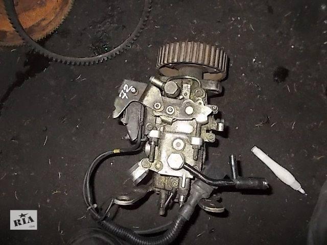 купить бу Б/у Топливная система Топливный насос высокого давления/трубки/шестерня Легковой Renault Clio 1991-1998 в Ровно