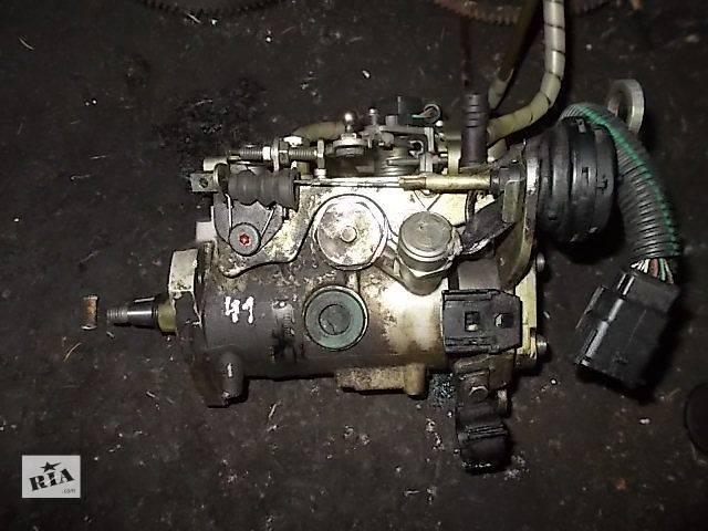 продам Б/у Топливная система Топливный насос высокого давления/трубки/шестерня Легковой Renault Kangoo пасс. 1997 бу в Ровно