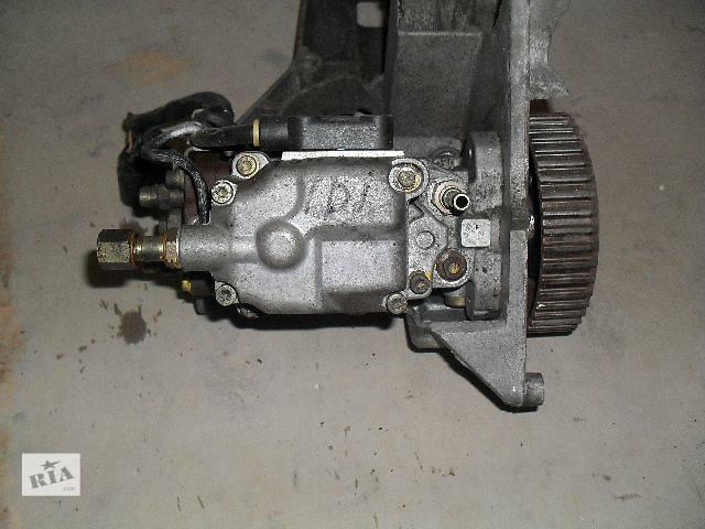 купить бу Б/у Топливная система Топливный насос высокого давления/трубки/шестерня Легковой Skoda Octavia Хэтчбек 2002 в Львове