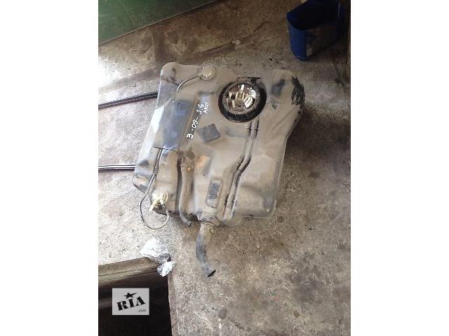 купить бу Б/у топливный бак для седана Mazda 3 2010 в Ровно
