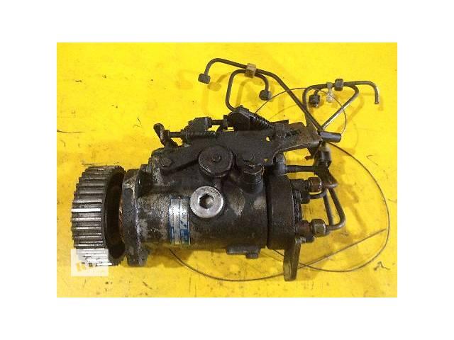продам б/у Топливный насос высокого давления 8443b424e Ford Courier 1.8D бу в Луцке