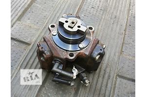 б/у Топливный насос высокого давления/трубки/шест Fiat Linea