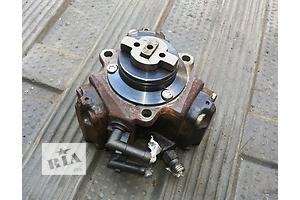 б/у Топливный насос высокого давления/трубки/шест Opel Tigra