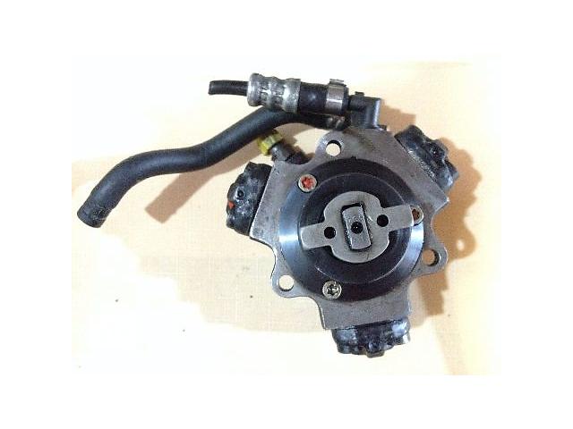 продам Б/у топливный насос высокого давления/трубки/шест для легкового авто Opel Meriva 1.3 CDTI бу в Луцке
