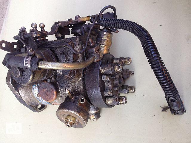 продам Б/у топливный насос высокого давления/трубки/шест для легкового авто Renault 21 1.9D (r8443b721b) бу в Луцке