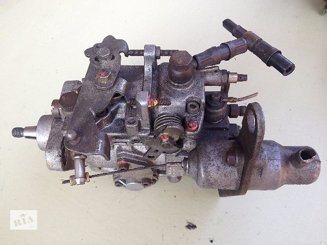 бу Б/у топливный насос высокого давления/трубки/шест для легкового авто Renault 25 2.1 дизель в Луцке