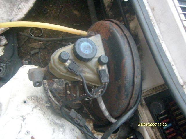 продам б/у Тормозная система Главный тормозной цилиндр Легковой Mercedes 123 1984 бу в Самборе