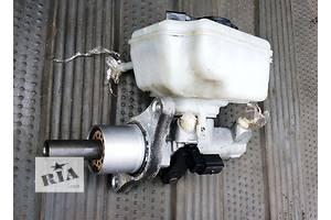 б/у Главный тормозной цилиндр Audi A4